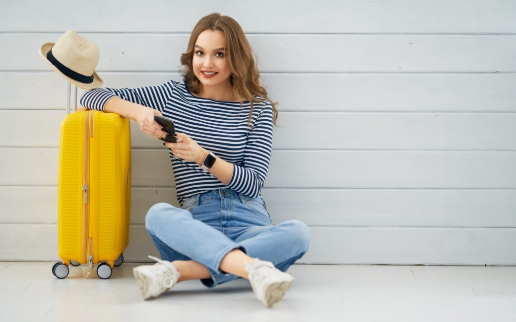 Packing Tips to Help You Travel Light and Look Fabulous